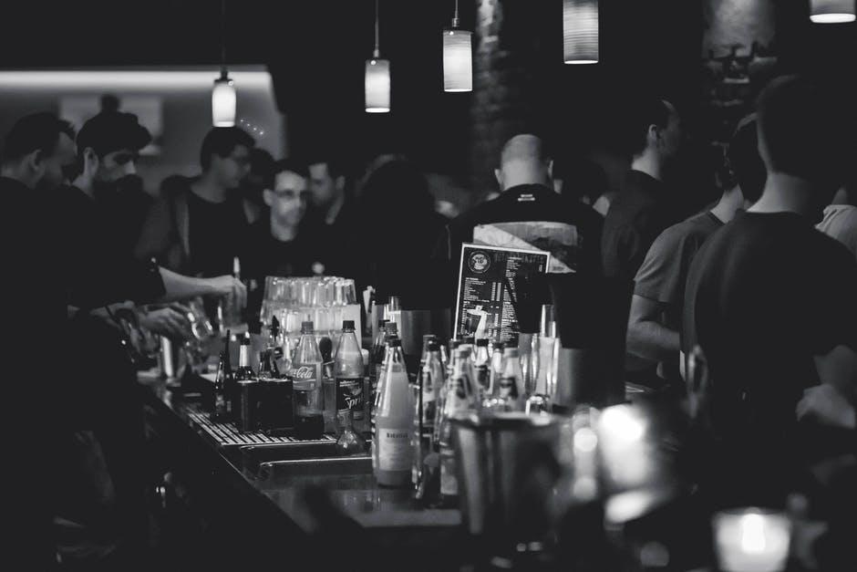 Co warto wiedzieć o imprezach firmowych?